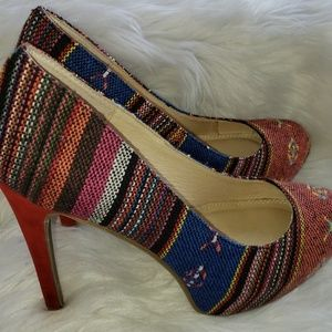 Chinese Laundry Multi Color Tweed Heels 9.5